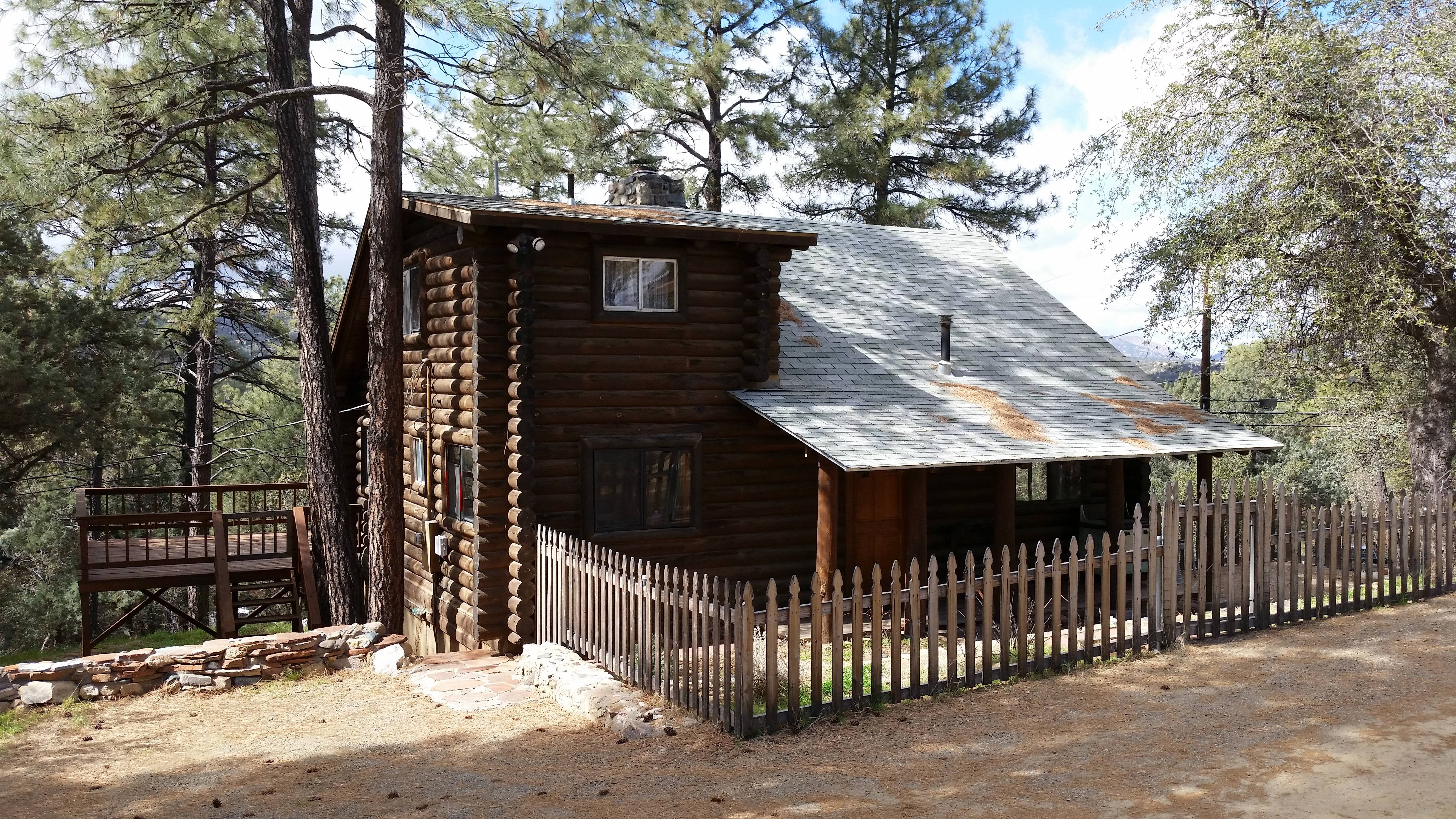 authentic log cabin in the prescott az pines