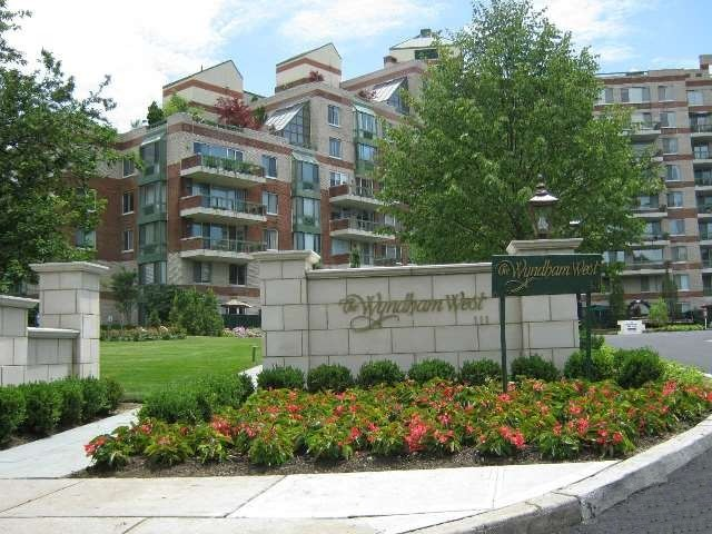 The Wyndham in the Heart of Garden City Long Island