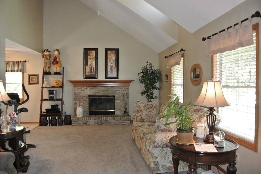 north ridgeville chat sites Crosscreek is a gorgeous community with new single-family homes in north ridgeville, oh within the north  enjoy a night out or in with friends–chat about the .