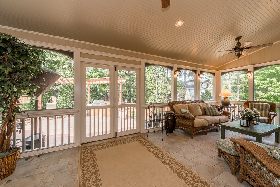 Doublegate home screened porch