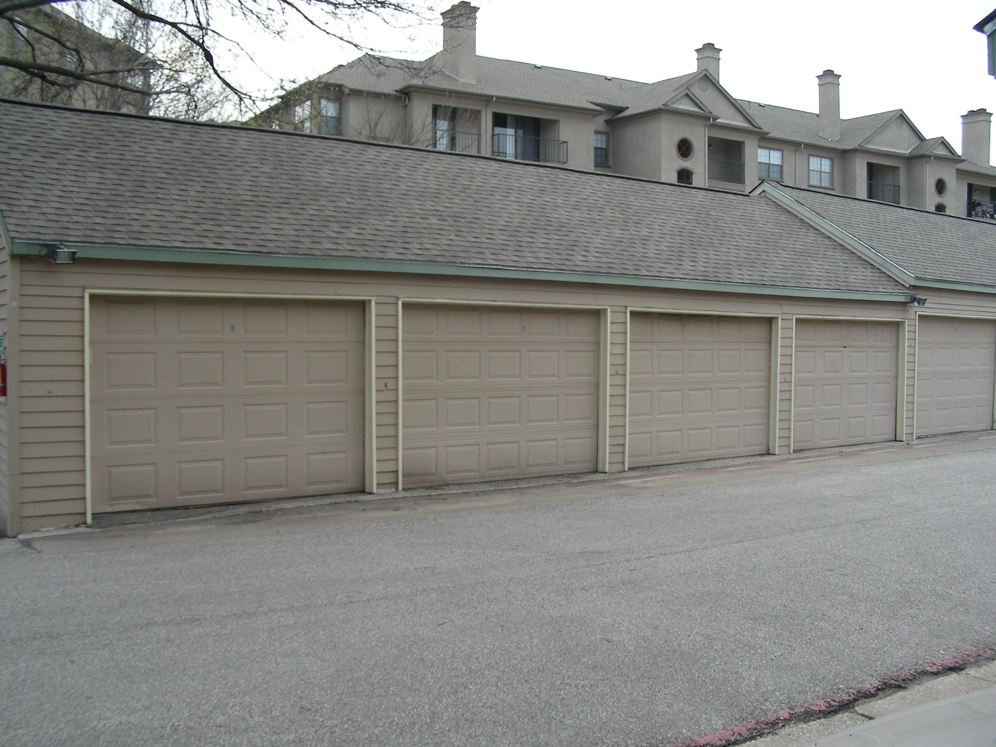 Springstead Condo Garage