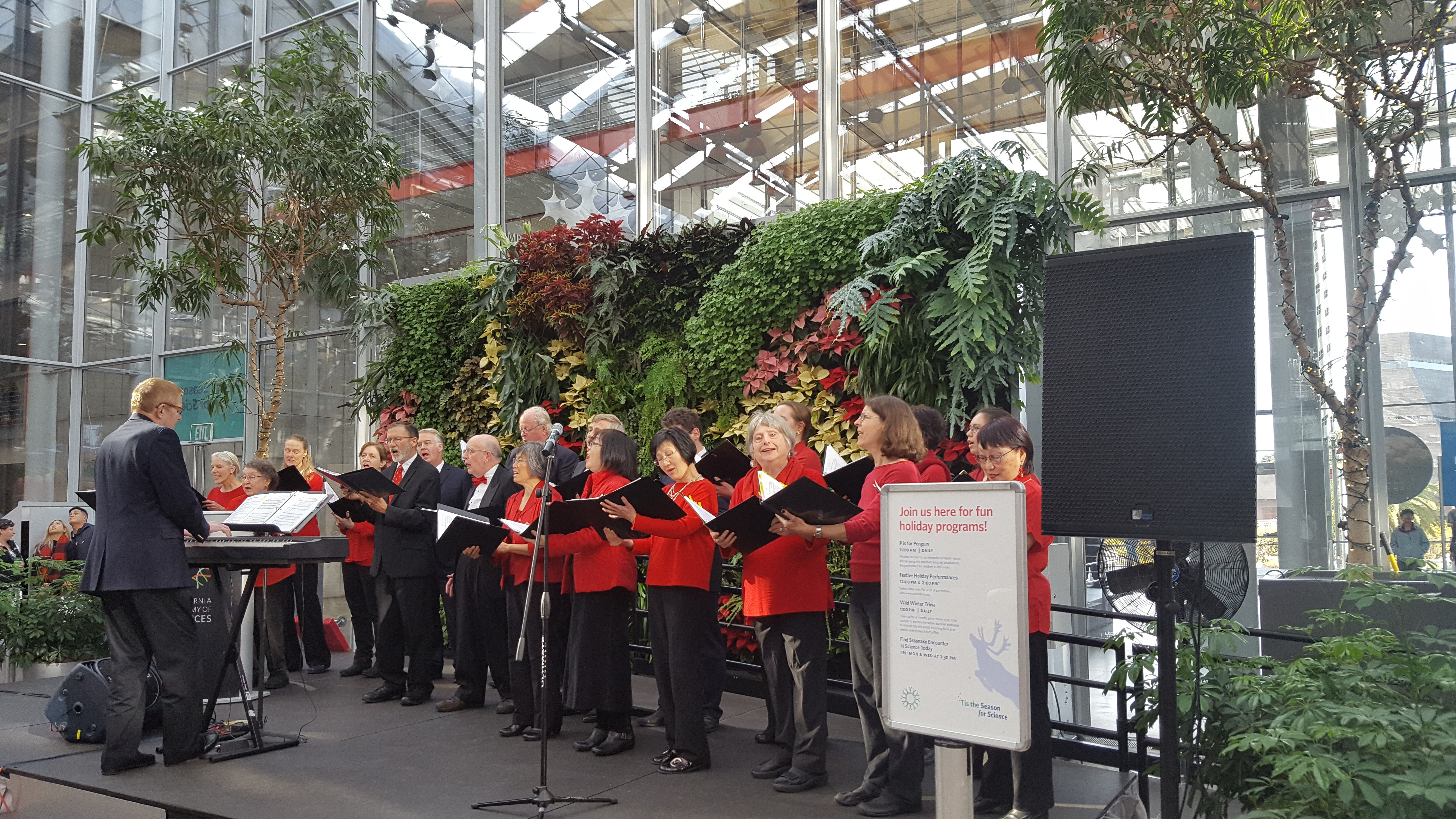 SFCC sings at the Academy of Sciences, SF