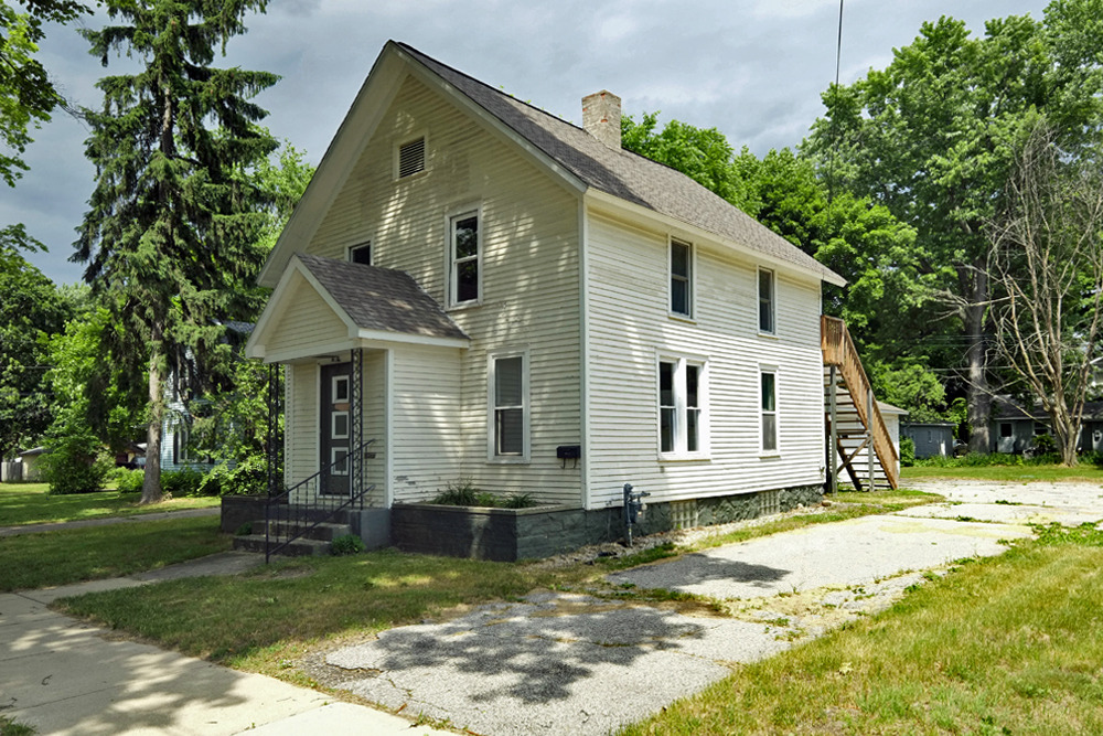 Investors Wanted Two Unit Home In Three Rivers