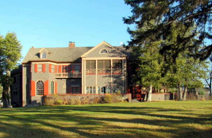 Woods Manor on Madeline Island - SOLD by Madeline Island Realty