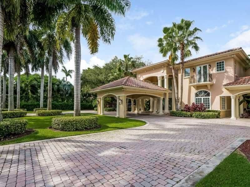 pinecrest florida real estate market report this week