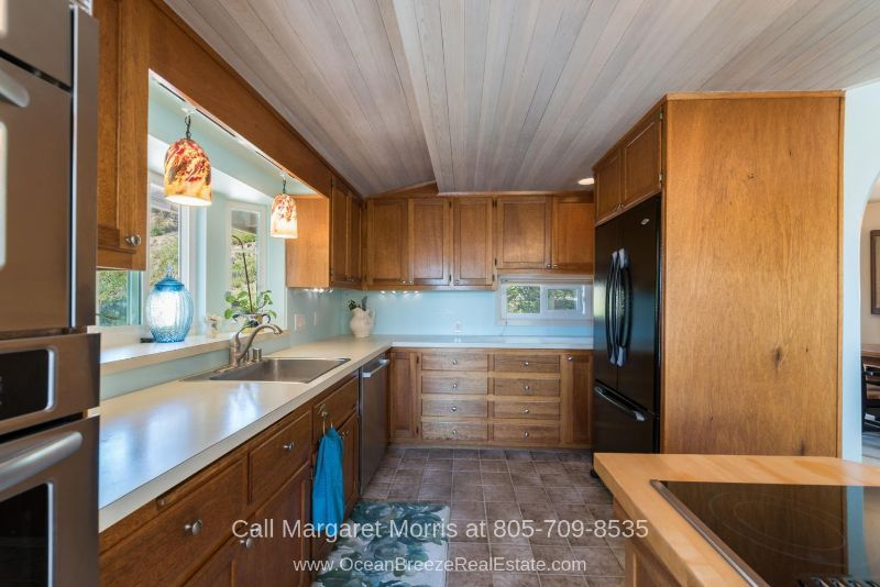 Arroyo Grande CA Real Estate Properties for Sale - Your inner chef will surely be thrilled in this Arroyo Grande home for sale's spacious kitchen.