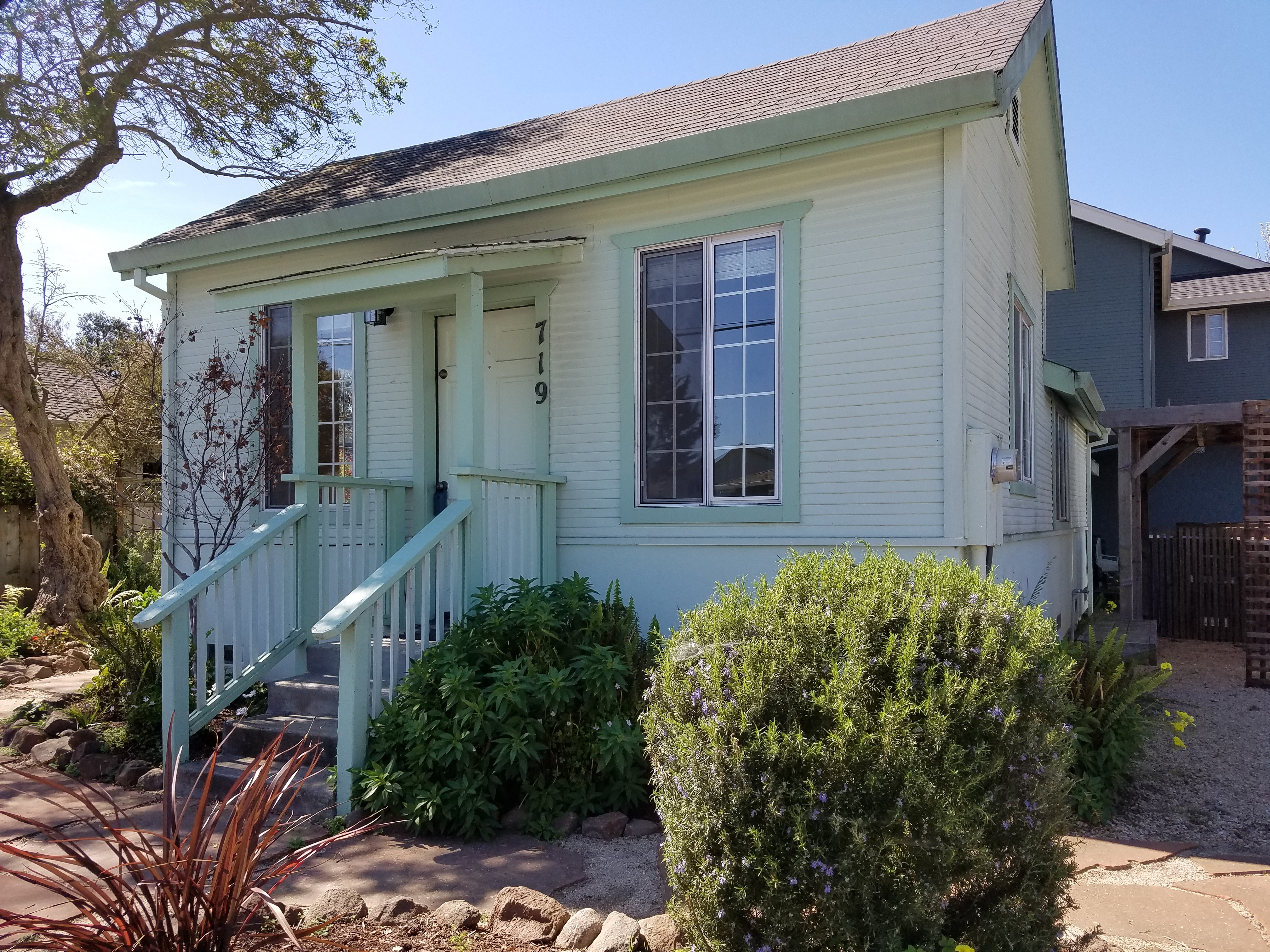 Santa Cruz Rental Property