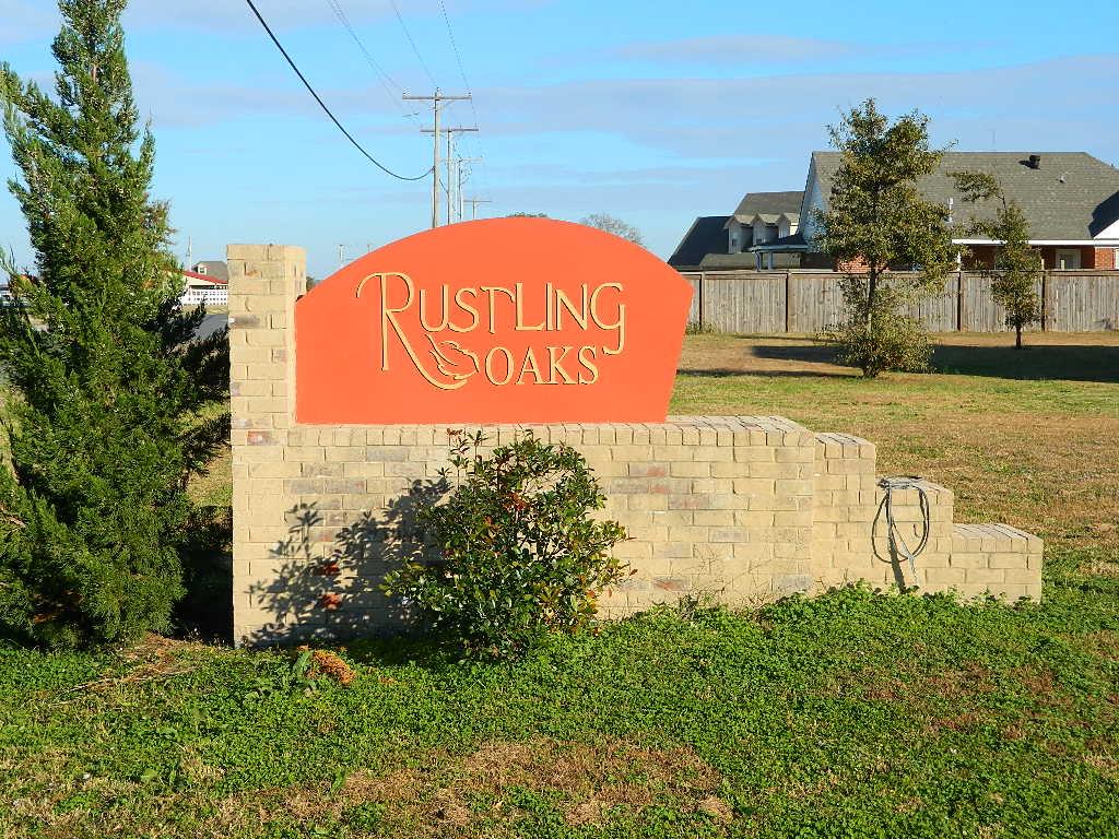 Rustling Oaks