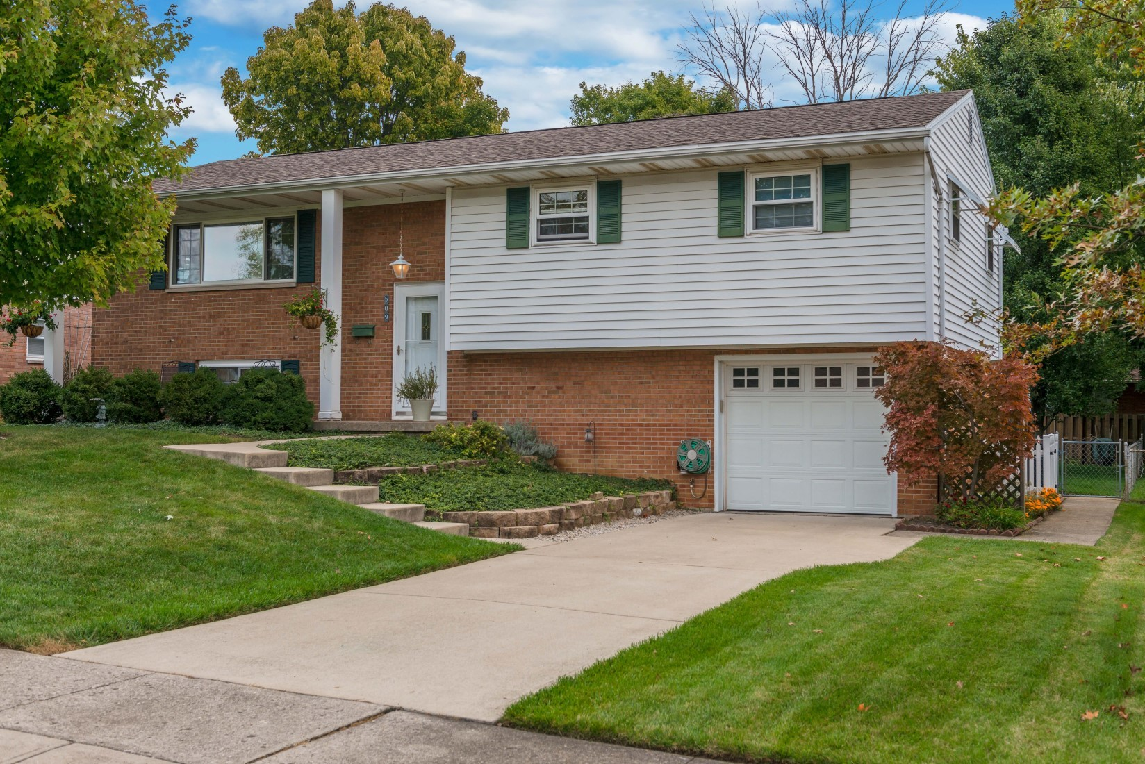Home For Sale 509 Regent Drive Middletown Ohio