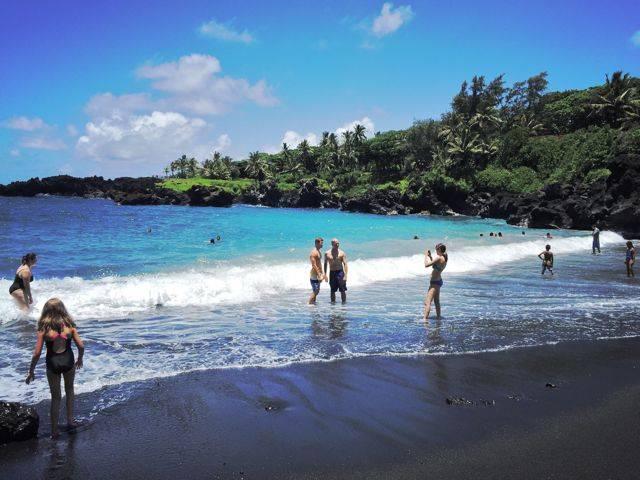 Black Sand Beach In Hana Waianapanapa State Park