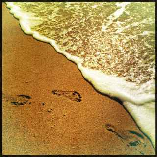 footsteps in the sand, Maui Hawaii