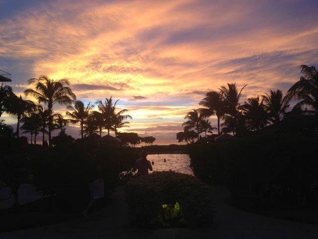 Wordless Wednesday - sunset by the pool - Kaanapali Maui Hawaii