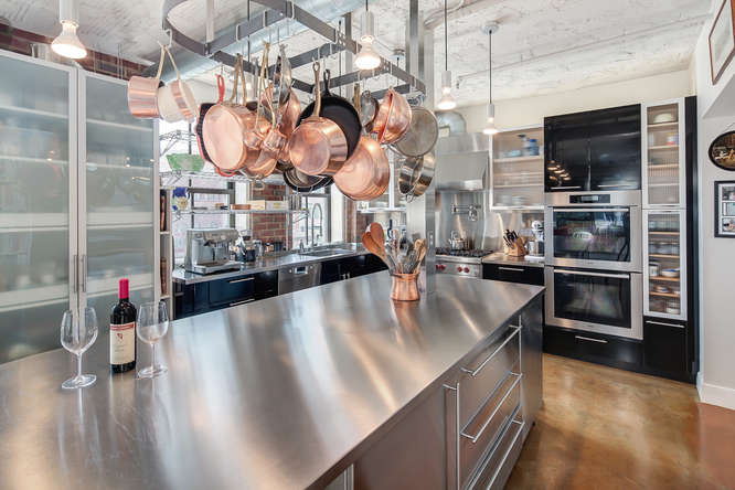 AMAZING CHEF\'S KITCHEN AT MATHER STUDIOS