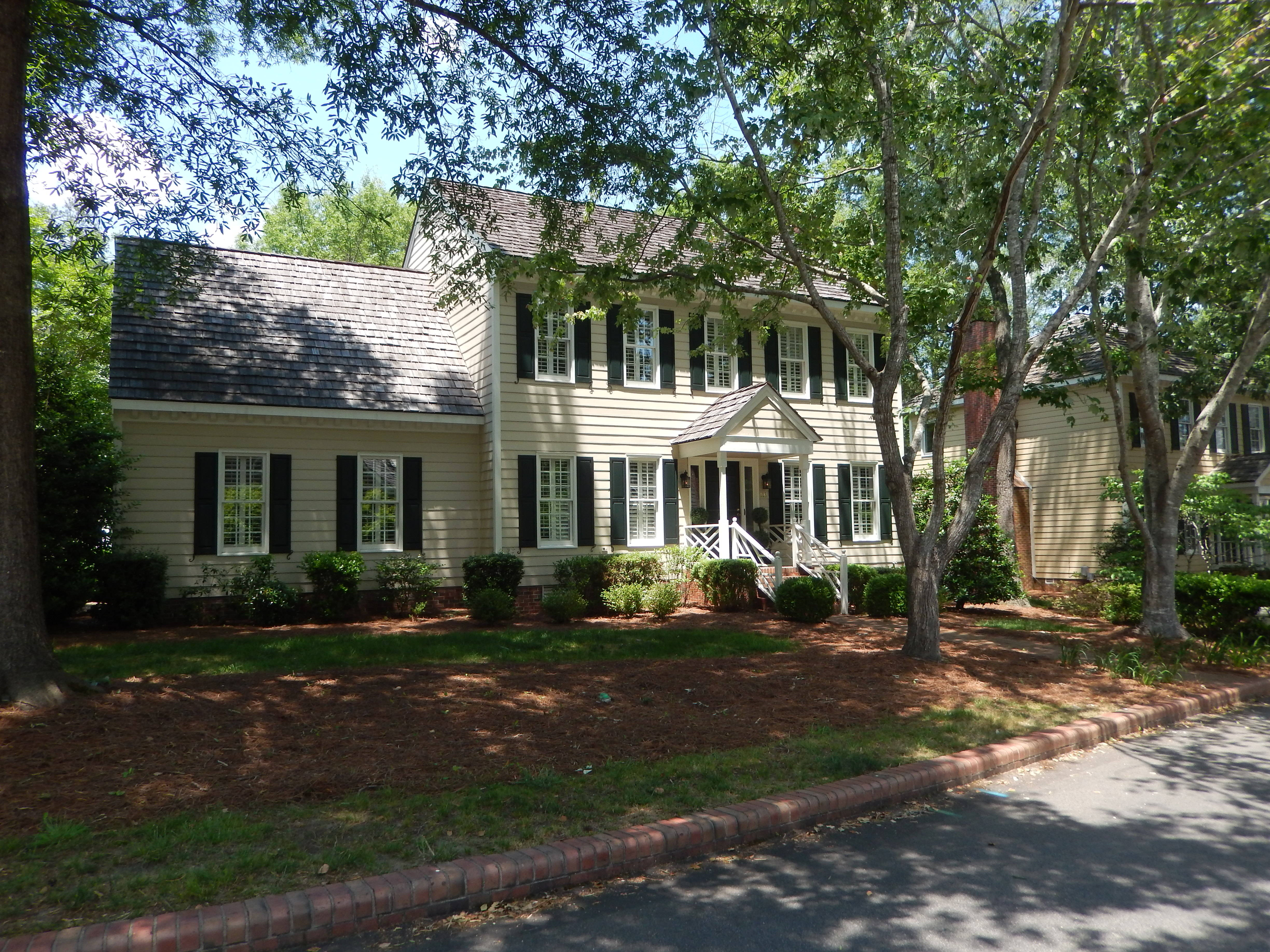 Williamsburg mons in Cary Cary Homes for Sale