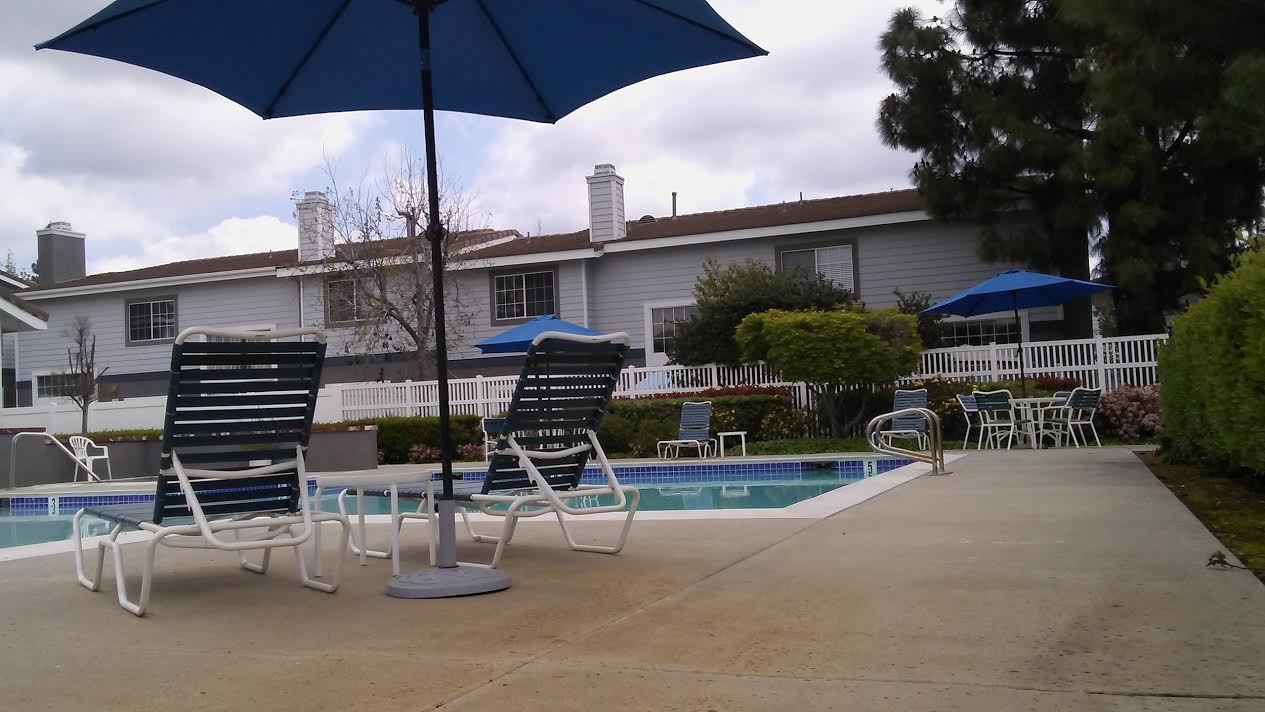 Autumn Oaks Townhomes in Glendora 91741 For Sale