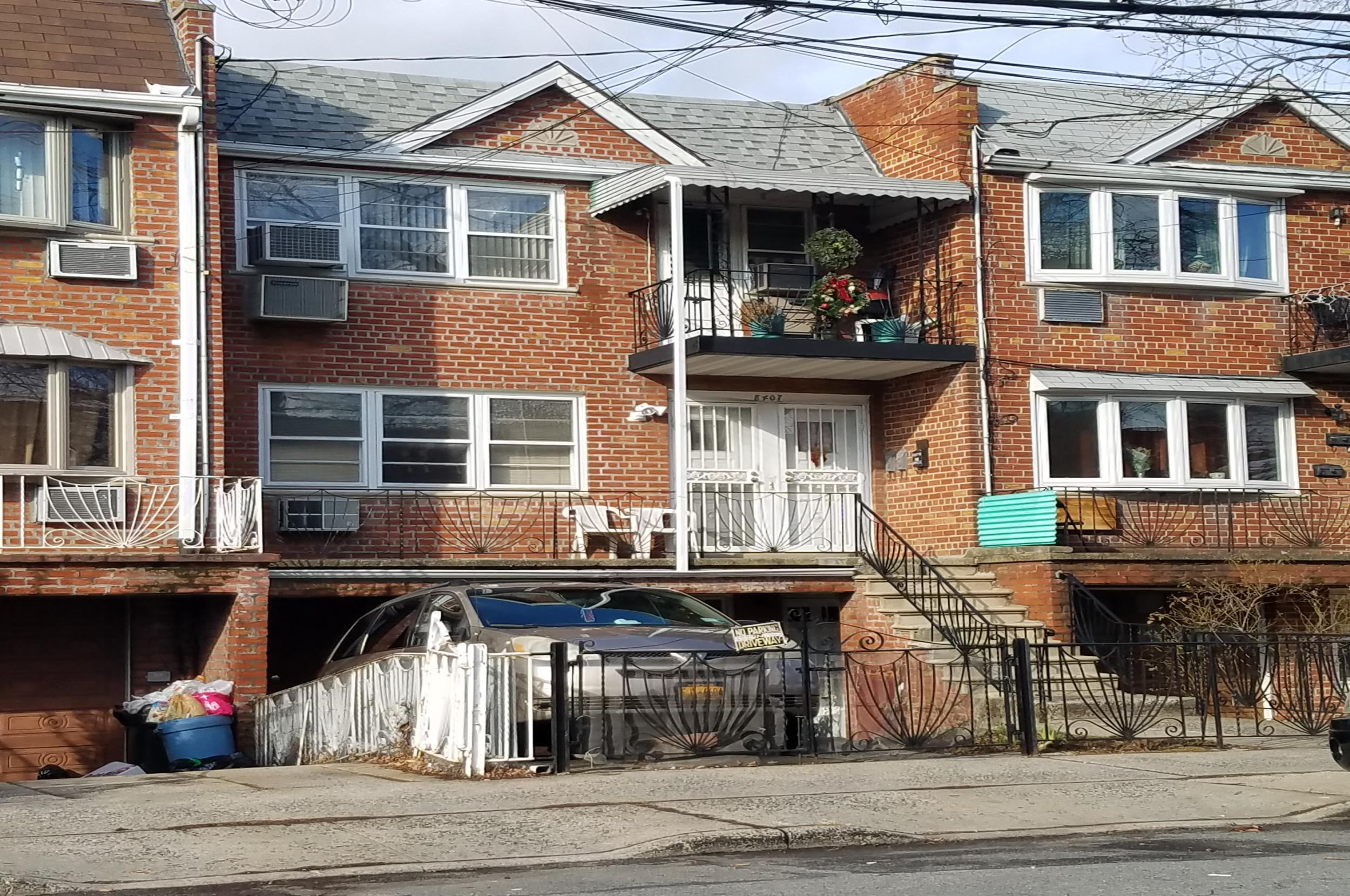 Brick 3 family home for sale canarsie brooklyn 715 000 - One bedroom apartments in canarsie brooklyn ...
