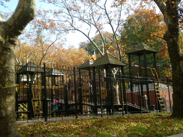 fort greene park, parks in brooklyn