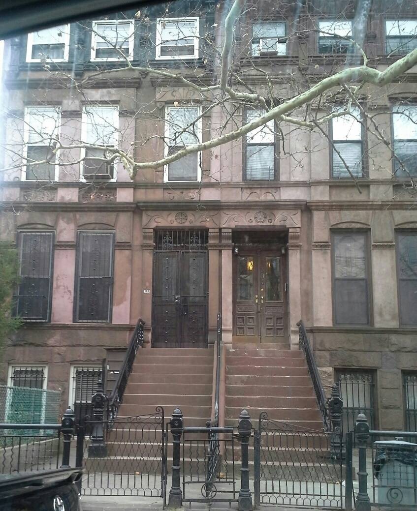 brownstone home in brooklyn