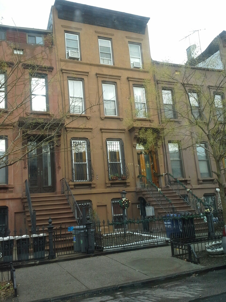 brownstones in bedford stuyvesant brooklyn, looking for a real estate agent in  brooklyn