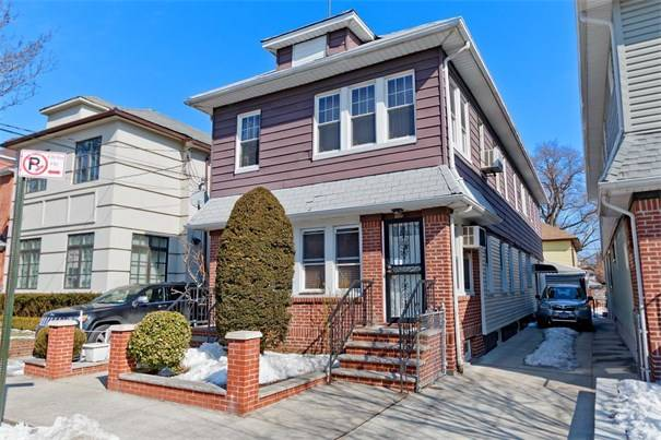 Detached 5 bedroom 2 family brooklyn home for sale for Houses for sale near nyc
