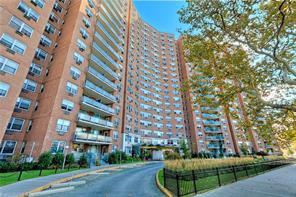 co-op and condos in brooklyn , real estate agents in flatbush brooklyn