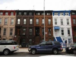 brownstone homes in brooklyn