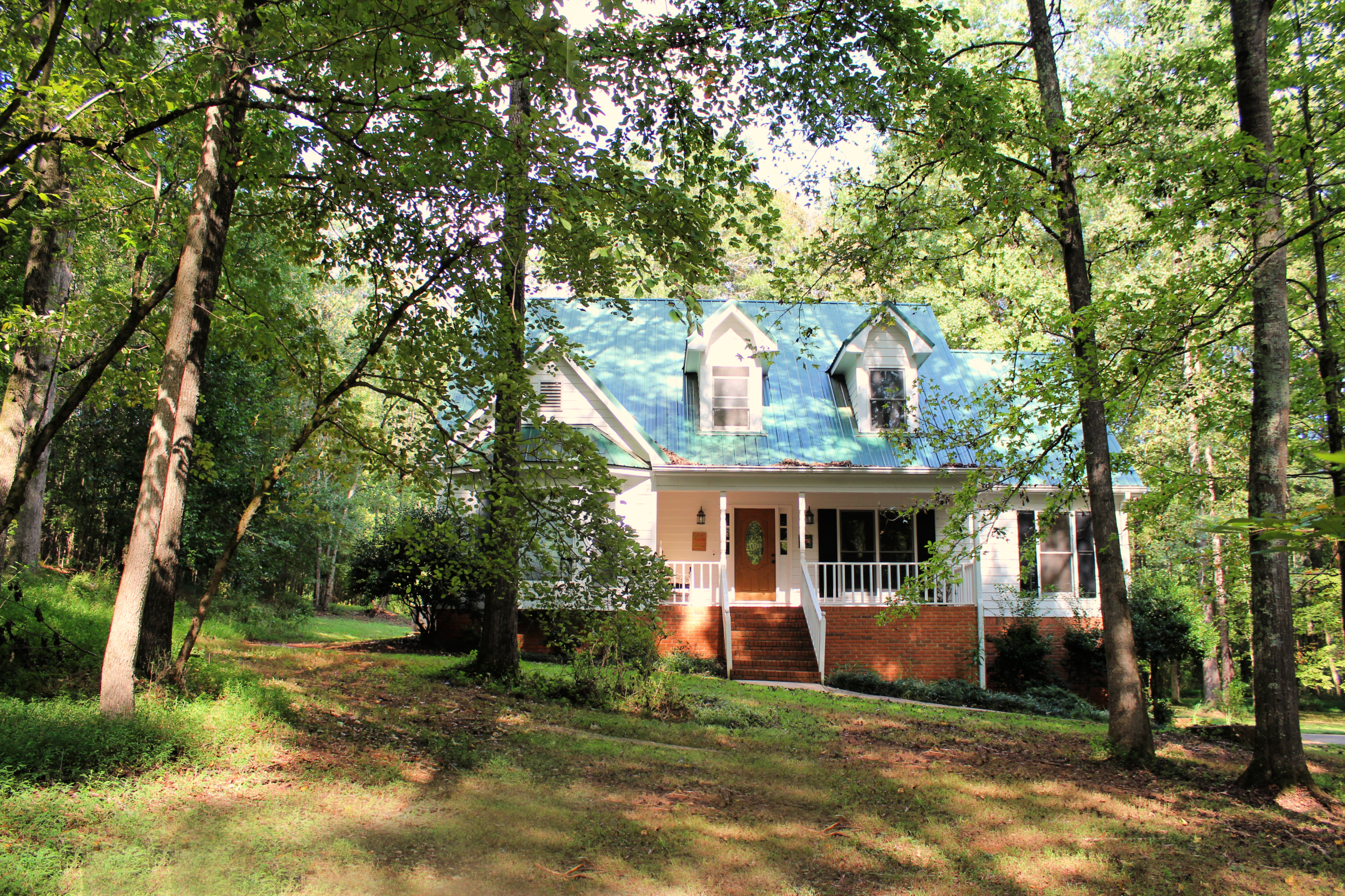 428 Deer Creek Trail Hoschton GA home for sale