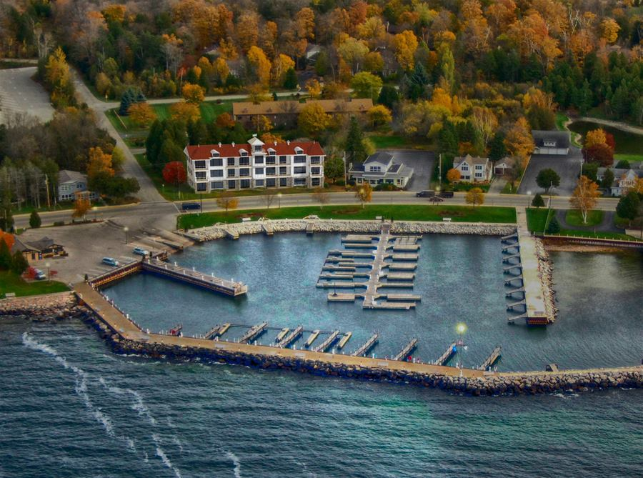 Sister Bay Waterfront Condos for Sale with elevators