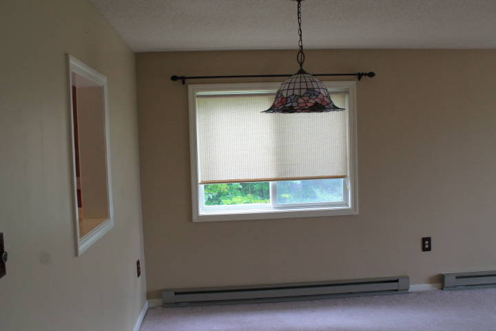 Star ridge condos thornton nh waterfront privacy for Ample closet space