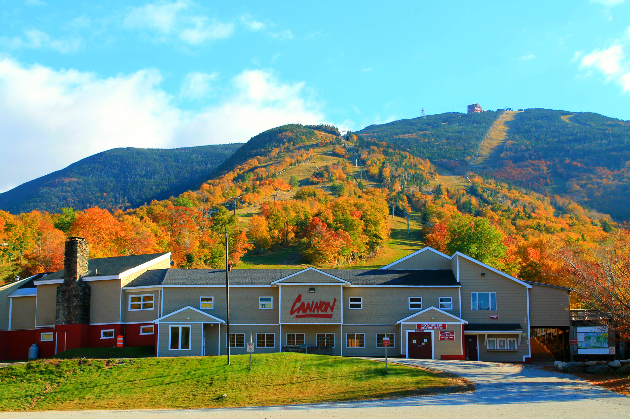 the hotels mountain mountains loon new building resort club white nh on dining villa jetsetter view hampshire lincoln