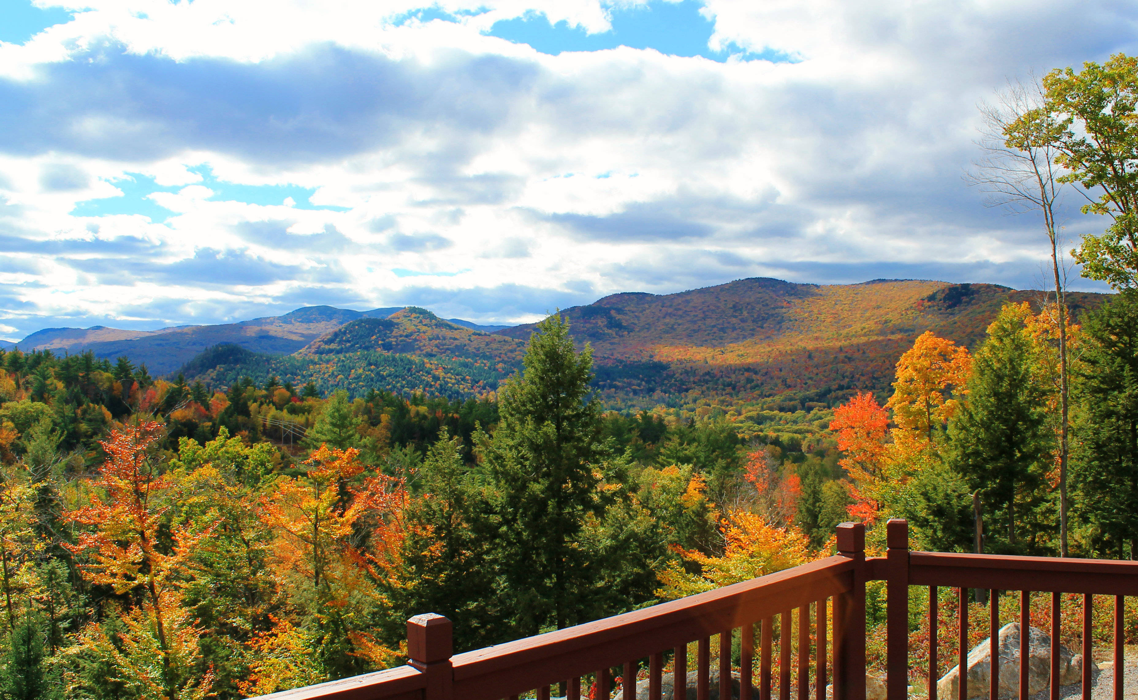Mountain views sell homes in new hampshire for New homes in mountain house