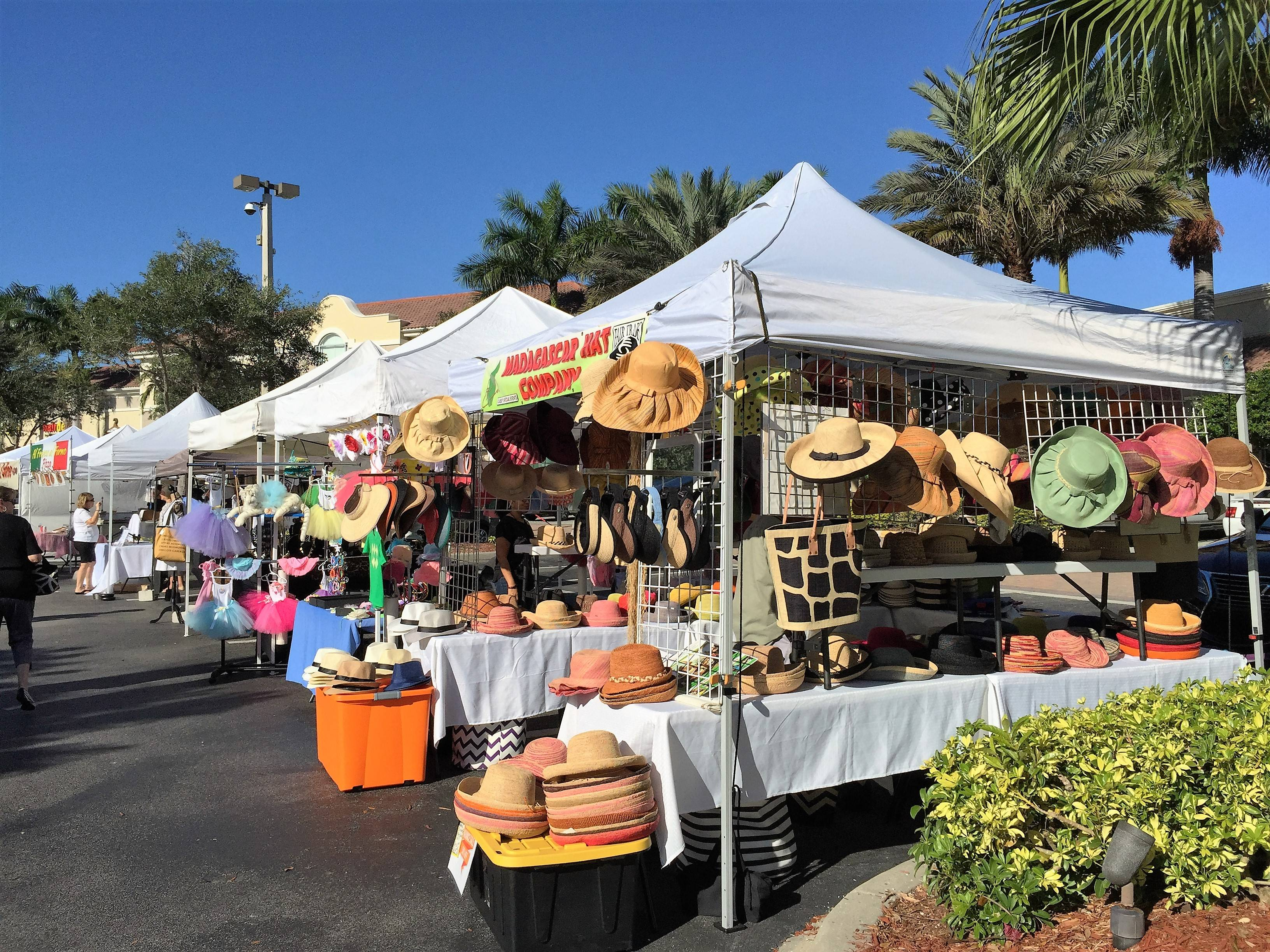 A christmas farmer 39 s market in naples for Craft stores naples fl