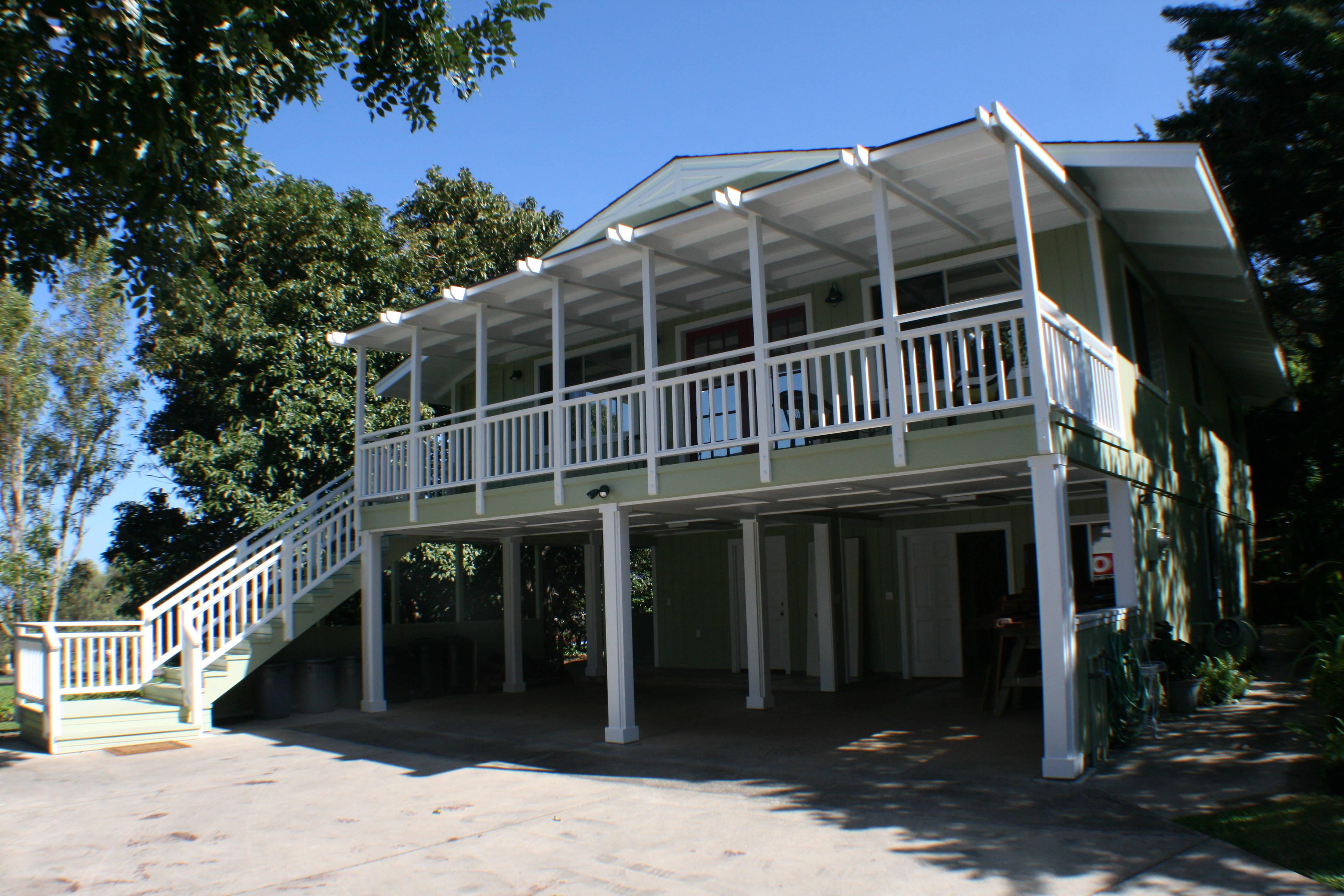 maui uplands house and cottage for sale maui hawaii. Black Bedroom Furniture Sets. Home Design Ideas
