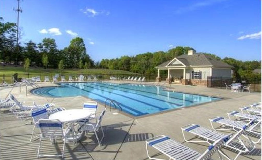 Creekshire Community Pool in Southwest Charlotte, NC