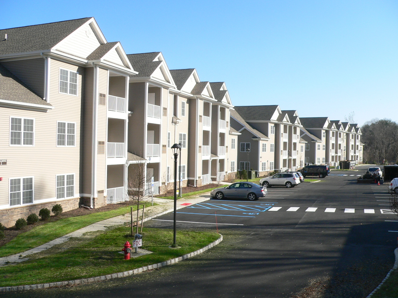 Twin Ponds At Clinton Nj New Apartments For Rent