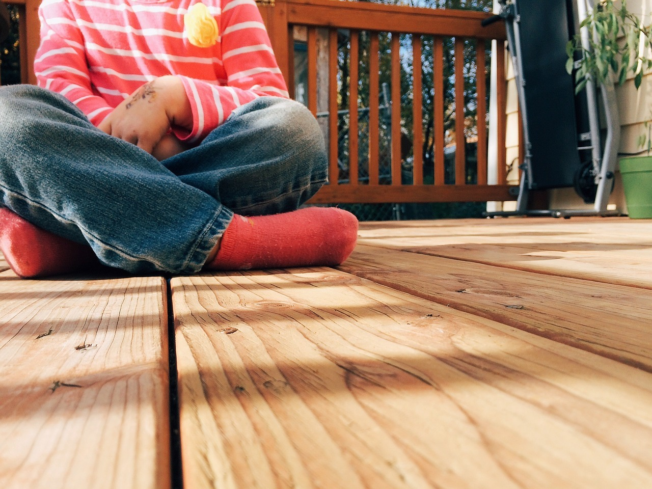 What Is the Best Decking Material To Use?
