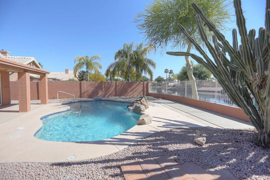 Mesa home with pool on the lake 269 900 for Pools in mesa az