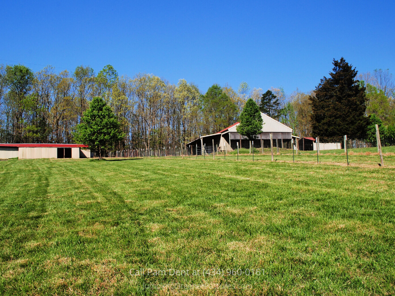 Central VA Country Property for Sale - Live the laid-back life you dream of at this country property for sale in Central VA.