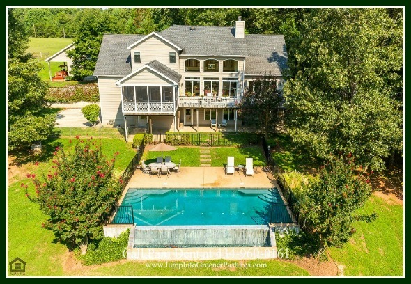 High-end Homes for Sale in Scottsville VA - The open floor plan concept of this luxury country home for sale in  Central Virginia amplifies the interior space, giving the home a bright, airy feel.
