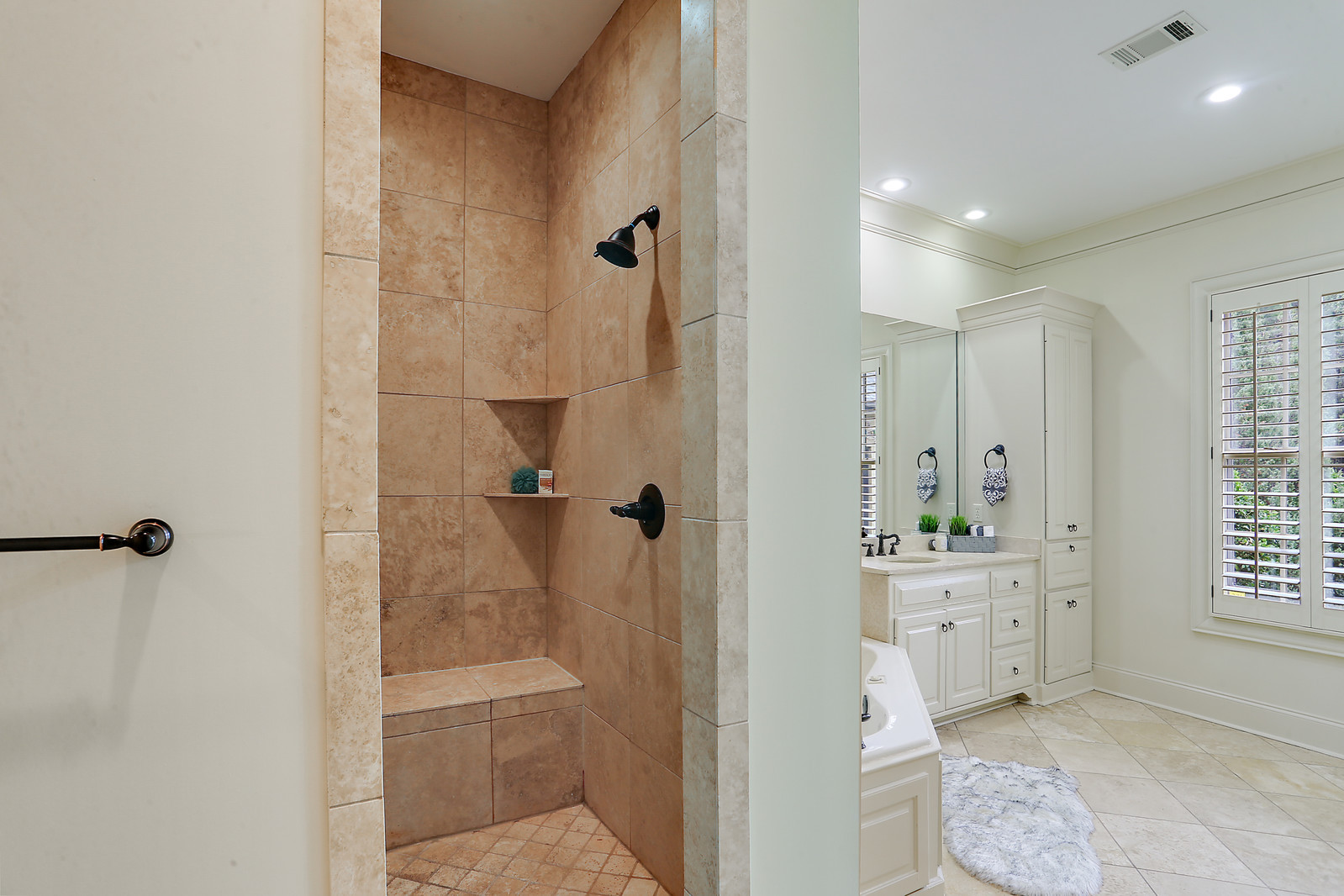 Master shower in Jackson MS