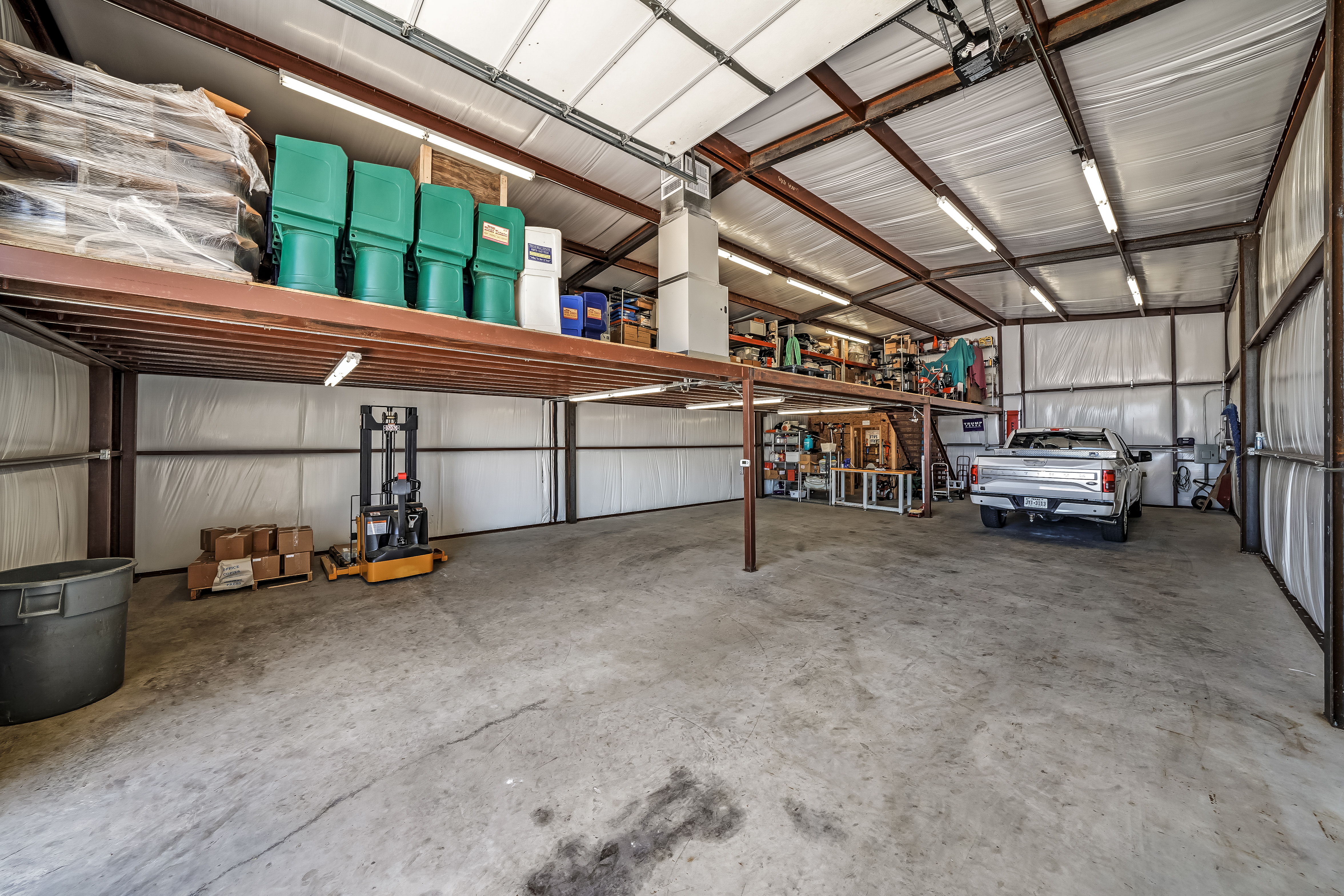5904 Walnut Creek Warehouse