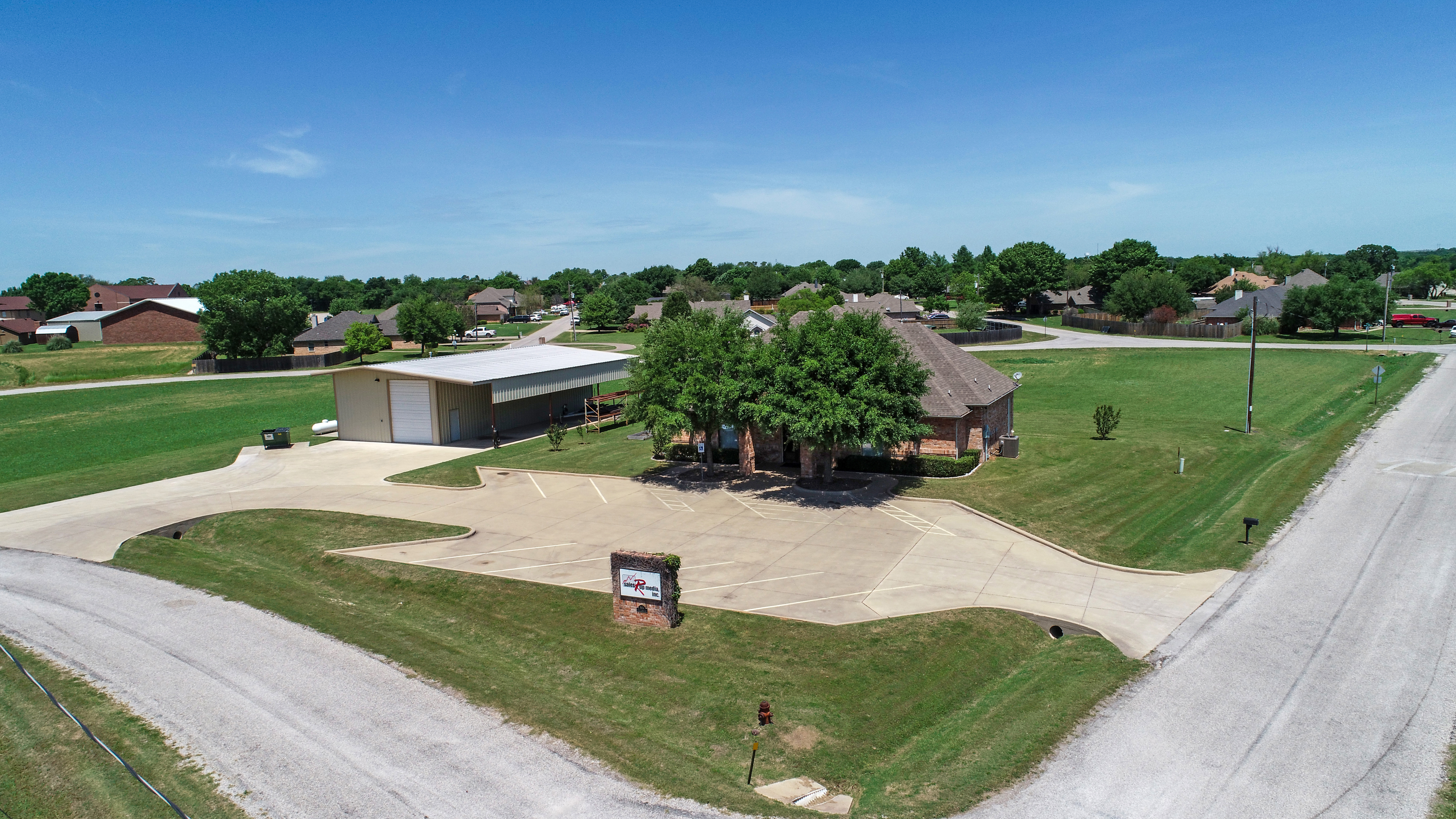 5904 Walnut Creek Circle, Granbury, TX 76049