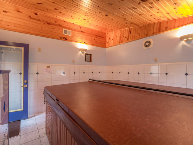 the seller 39 s favorite spot the finished 195 hot tub room