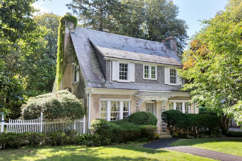 Just listed pocantico hills dutch colonial for sale for Dutch colonial house for sale
