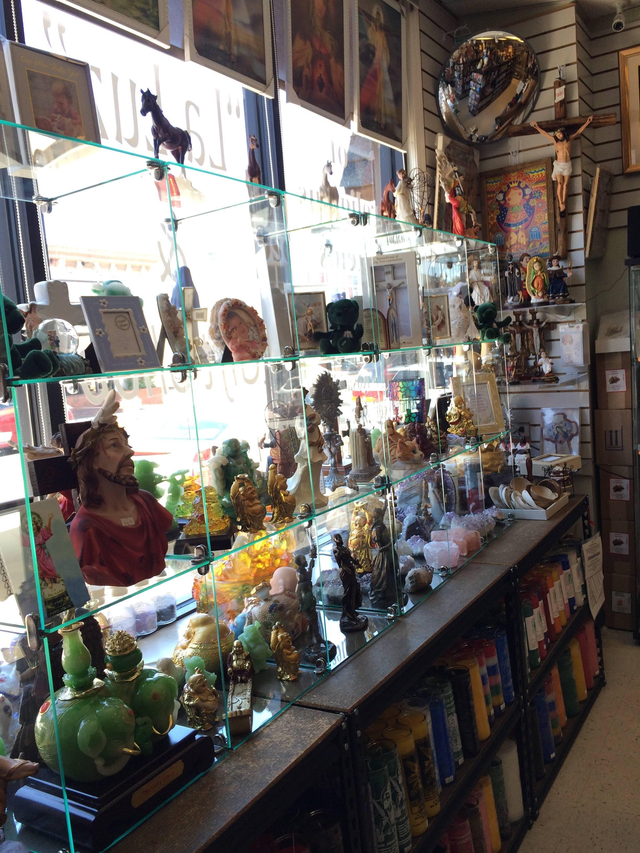 Westbury New York Alternative And Metaphysical Store: B