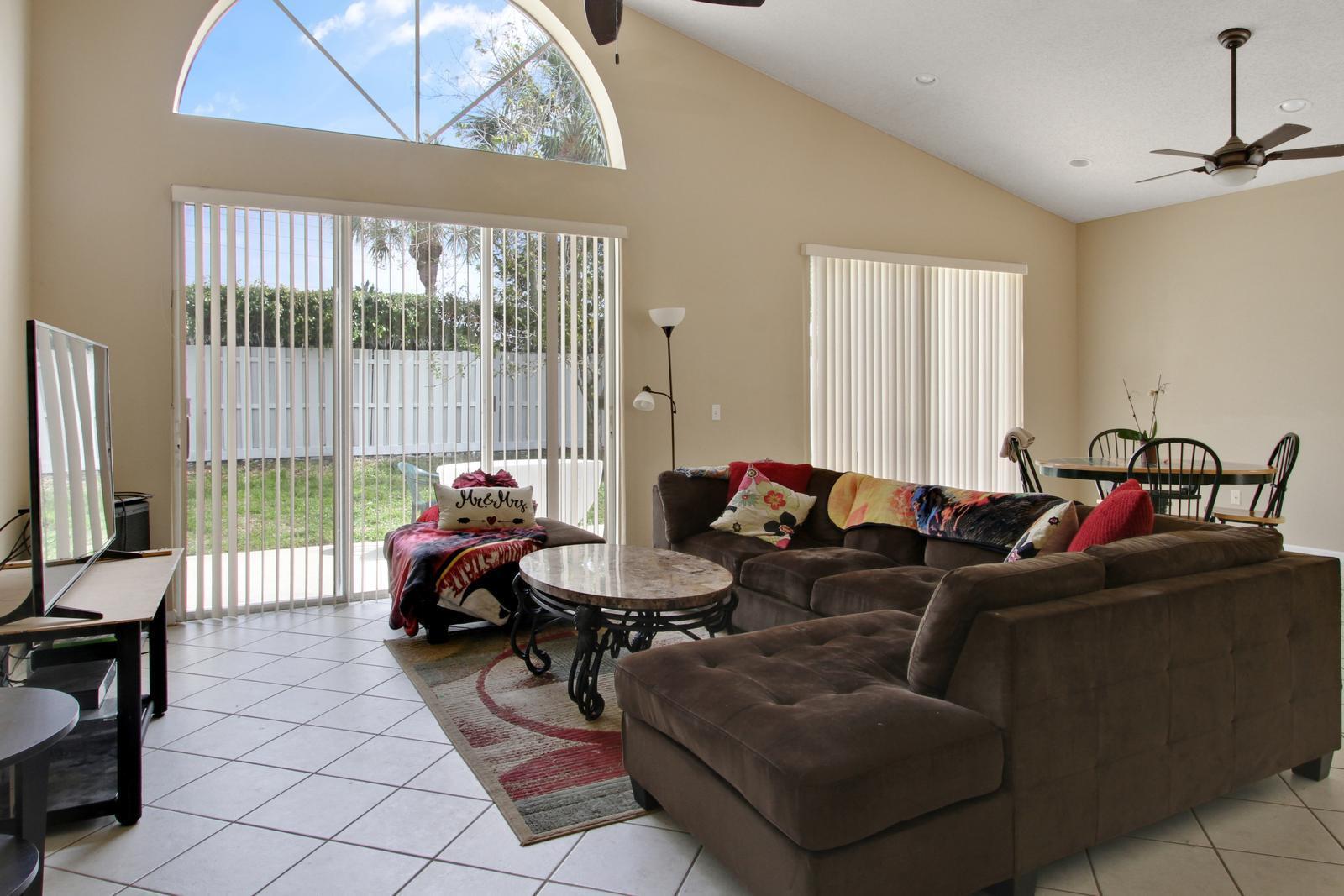 Desirable Home In Lake Charleston Lake Worth