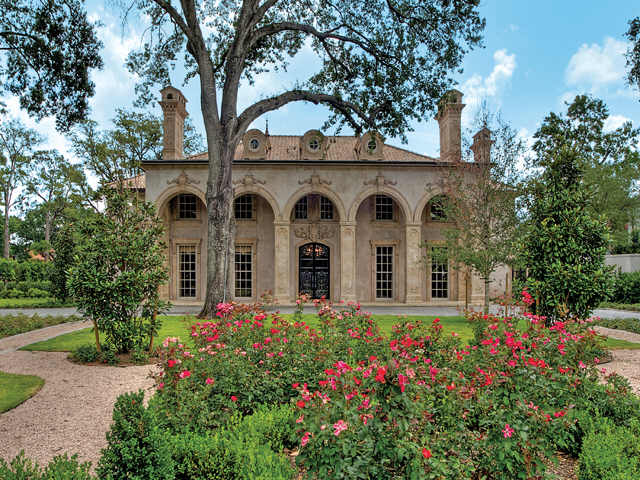 River Oaks Texas >> Homes For Sale In River Oaks Country Club Estate Houston Tx