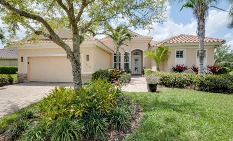 Affordable Waterfront Naples Luxury Homes