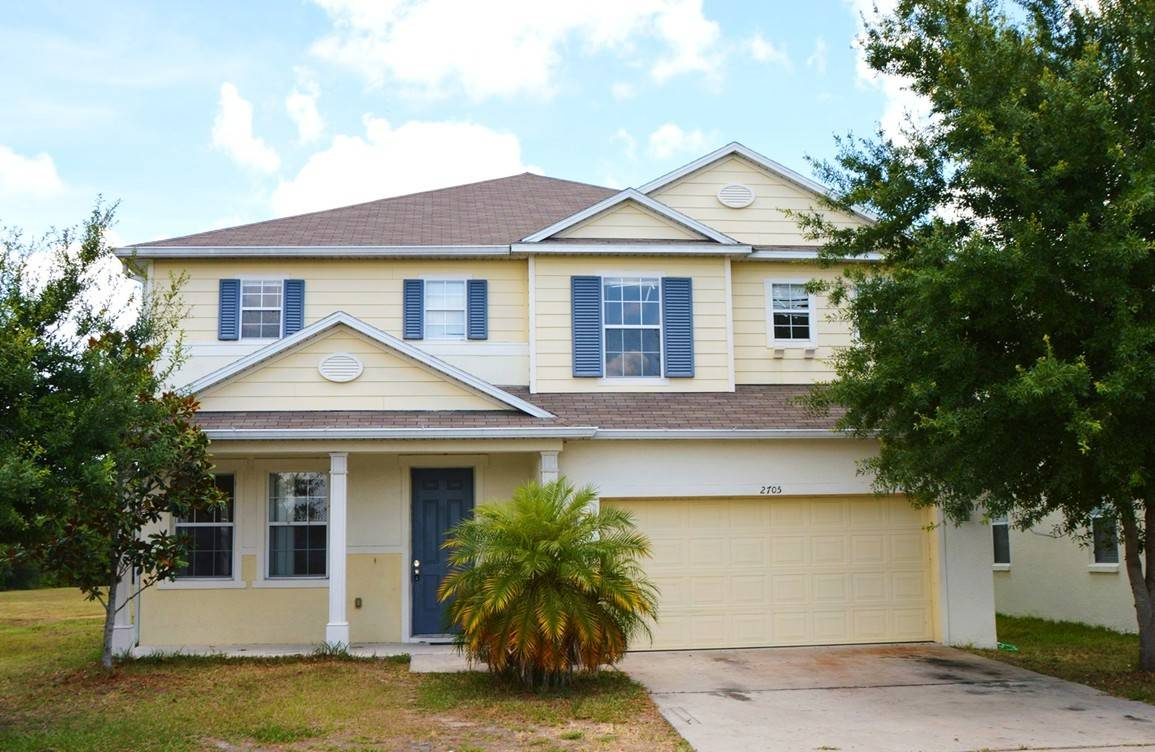5 bedroom kissimmee florida pool home for sale for 5 bedroom homes for sale in florida