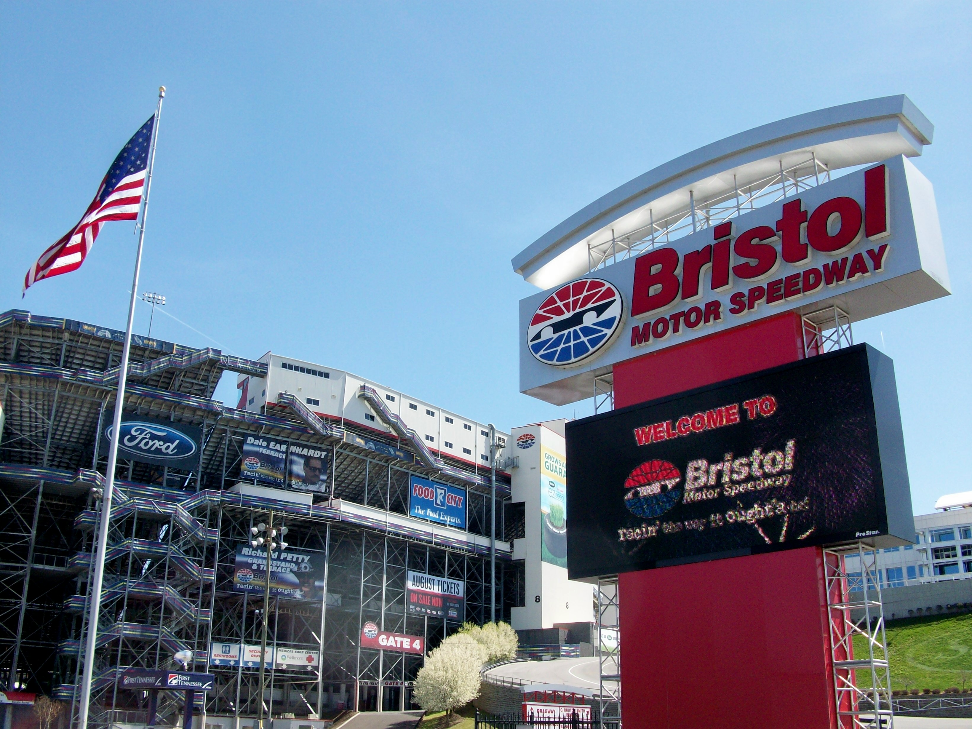 bristol speedway in lights still going strong through j